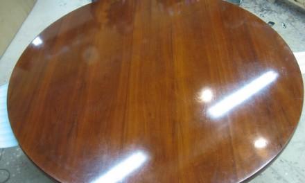 Технология реставрации лакированной мебели