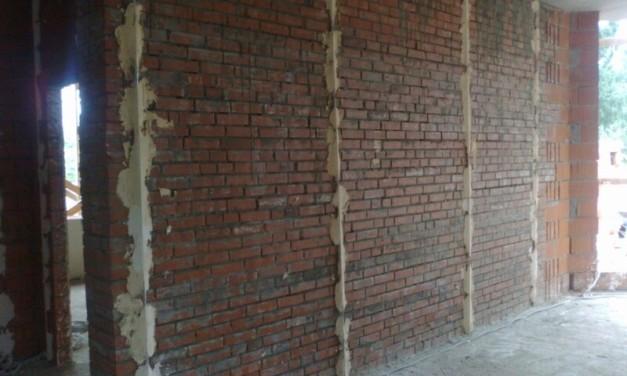 Технология установки маяков для штукатурки стен