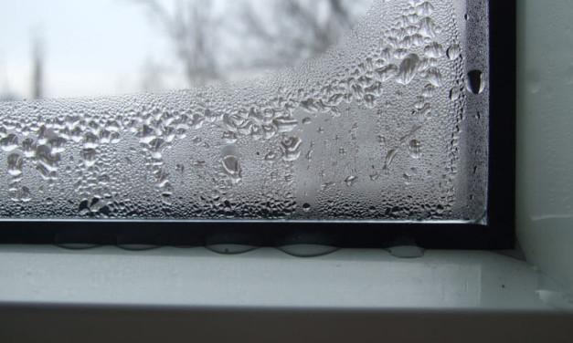 Запотевание пластиковых окон: почему оно происходит?