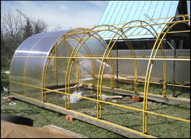 строительство теплицы