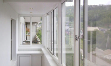 Выбор окон для остекления балкона