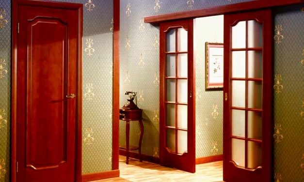 Как самостоятельно отремонтировать межкомнатные деревянные двери